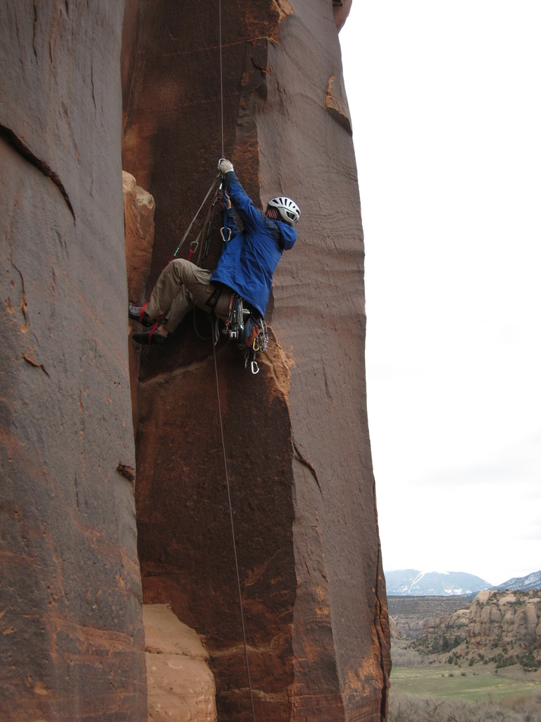 Tad jugging back to his intermediate anchor on The Wave (5.10+), after freeing the stuck lead rope!