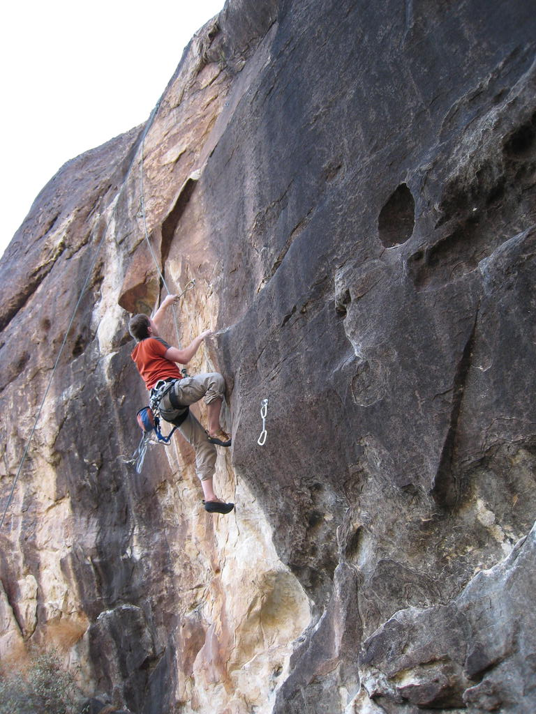 Tad TRing Why Left (5.12b), Ragged Edges Cliff, Red Rocks